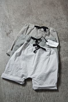 So soft, so light, so Album di Famiglia. Cotton poplin baby harem pant. A #CanDoBaby! fave.