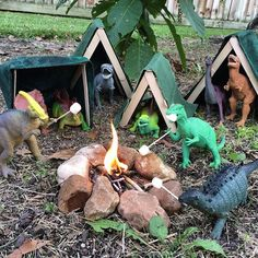 Pin for Later: 30 Dinovember Pictures That Will Drive Your Kids Wild Roughing It Dinosaur Photo, Dinosaur Funny, Dinosaur Toys, Dinosaur Garden, Activities For Kids, Crafts For Kids, Plastic Dinosaurs, Animal Party, Party Animals