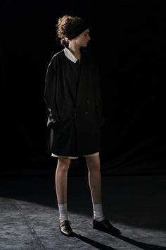 Fashion News, Fashion Beauty, Fashion Show, Vogue Paris, David Koma, Tailored Jacket, Yohji Yamamoto, Black White Stripes, Mannequins