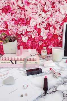 STYLE - BEAUTY - MYLIFESTYLEMEMOIR Aspyn Ovard, Beauty Must Haves, Pink Lipsticks, Pink Walls, Pink Love, Fashion Beauty, Autumn Fashion, Product Photography, Photography Ideas