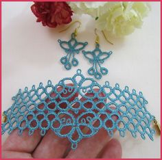 "Yarnplayer's Tatting Blog: ""Remembrance"" tatted ring"