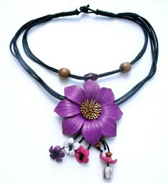 Leather flower nevklace