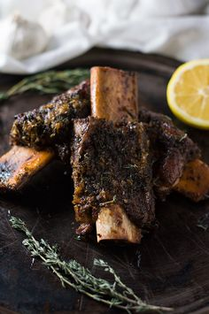 Greek-Style Roasted Beef Ribs | omgfood.com
