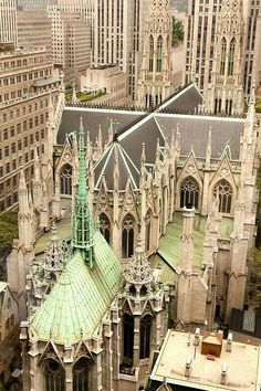St . Patrick's Cathedral 5th & 51th St. AMAZING STRUCTURE ❤