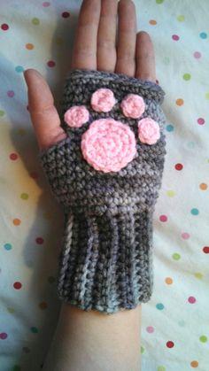 Crochet Handmade Kitty Cat Paw Fingerless Gloves by Sminostuff