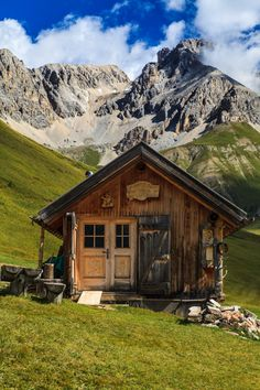 Cabin On Pinterest Log Cabins Cabin And Little Cabin