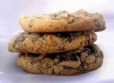 harley pasternak's healthy chocolate chip cookies