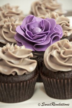 Small Batch Chocolate Cupcakes  *yield 4 standard size cupcakes