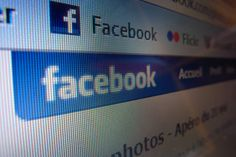 Essential Facebook Etiquette: 10 Dos and Don'ts