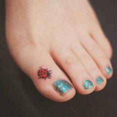 www.beautyepic.com wp-content uploads 2017 04 Small-ladybug-tattoo-on-toe.jpg