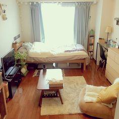 Nanakoさんの、関節照明,観葉植物,イームズチェア,コットンボールライト,無印良品,IKEA,unico,一人暮らし,1K,ニトリ,座椅子ソファー,部屋全体,のお部屋写真