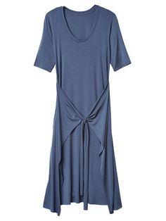 Twist dress - looks amazing on