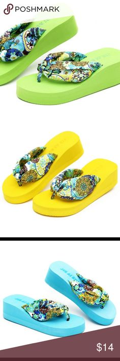 New women fashion wedge heels flip flops Beautiful fashion flip flops come in a variety of colors Shoes Sandals