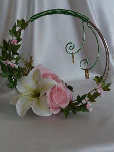 Ring Holder Wedding, Ring Pillow Wedding, Card Box Wedding, Wedding Rings, Wedding Arrangements, Flower Arrangements, Flower Girl Hair Accessories, White Wedding Decorations, Marriage Decoration