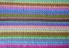 [Free Pattern] Stunningly Beautiful And So Simple Cupcake Stripe Blanket