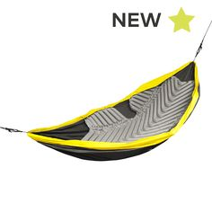 The Hammock V is the first air pad designed specifically for all hammocks, giving the sleeper 180˚ of insulation, significantly reducing the amount of lost body heat.