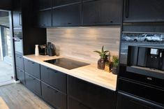 Cabin Kitchens, Küchen Design, Living Room Kitchen, Kitchen Hacks, New Homes, Kitchen Cabinets, Architecture, Home Decor, Kitchen