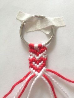 Diy And Crafts, Crafts For Kids, Knots, Valentines Day, Projects To Try, Weaving, Diys, Cool Stuff, Knitting