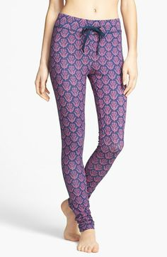 Skinny Lounge Pants  http://rstyle.me/n/d9ibmnyg6