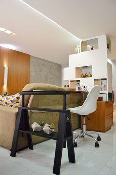 Home office | Projeto Unio Arquitetura #unioarquitetura Home Office, Corner Desk, Photo And Video, Furniture, Instagram, Home Decor, Arquitetura, Corner Table, Home Offices