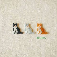 Cats Sketch Watercolor - Little Cats Background - Cats Anatomy Drawing - - Easy Perler Bead Patterns, Melty Bead Patterns, Perler Bead Templates, Diy Perler Beads, Perler Bead Art, Beading Patterns, Perler Bead Emoji, Mini Hama Beads, Hama Mini
