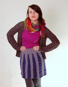 Crochet skirt  http://www.crochetconcupiscence.com/2013/03/100-unique-crochet-skirts/