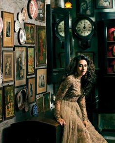 Karisma Kapoor in Indian bridal gold by Sabyasachi Mukherjee - Indian Wedding Site Home - Indian Wedding Site - Indian Wedding Vendors, Clothes, Invitations, and Pictures. Indian Attire, Indian Wear, India Fashion, Asian Fashion, Women's Fashion, Indian Dresses, Indian Outfits, Indian Clothes, Gold Lehenga