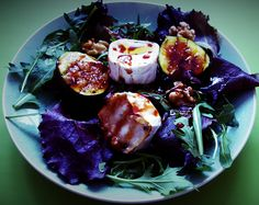 Goat's cheese, figs and walnut salad - CookTogether
