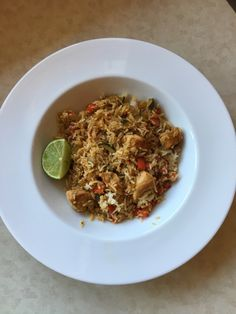 Mary Berry Everyday Panang Chicken and Rice Stir-fry recipe Stir Fry Recipes, Bbc Recipes, Cooking Recipes, Mary Berry Everyday, Rice Dishes, Entrees, Chicken Recipes, Berries, Curry