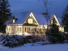 Mont Tremblant Chalet Rental: Tremblant Chalet 6br Pool - Sauna, Billiards, Hot Tub Pinball & Foosball | HomeAway Luxury Rentals