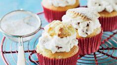 Opskrift på sankthans muffins med jordbærskum