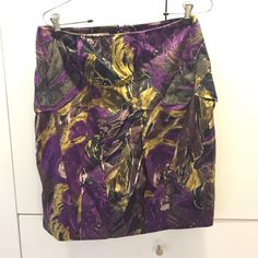 """Marni cotton skirt Marni marble printed cotton skirt. 100% cotton, made in Italy. Size42   Pencil skirt shape. 21"""" length   About. 30"""" waist and a 40"""" low hip. Sweep is about 39"""" Marni Skirts Midi"""