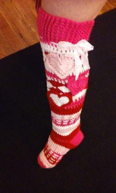 Introducing, my variation of my Free Spirit Knee High Slipper Socks for Valentine's Day! Crochet Boots, Crochet Slippers, Cute Crochet, Crochet Clothes, Knit Crochet, Double Crochet, Single Crochet, Crochet Leg Warmers, Holiday Crochet