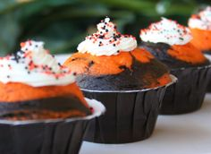 Trying this for not only halloween but changing up the colors for other holidays!