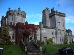Irish Castles Self Drive Tour  The perfect option to experience staying in 4 & 5 star authentic Ireland castles with the flexibility of traveling with B&B vouchers. Choose from the suggested 7 day routes through the north, south, east or west or combine them and travel for up to two weeks. You can even customize your trip as you wish!