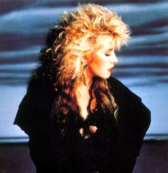 Can you say 80's hair?  LOVE  <3