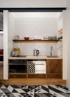 Custom Kitchen, handmade tiles, pedra lioz