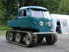 Tracked VW Bus (Volkswagen / camper / bulli / shortened / mini / pick up / flat bed)