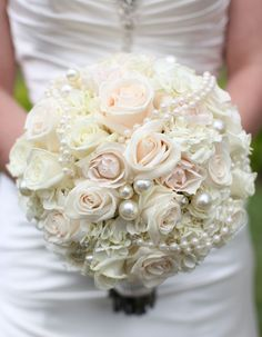 hold flower on sale at reasonable prices, buy 2017 Luxurious Bridal Wedding Bouquet Handmade Holding Flowers Artifical Rose Bride Buque De Perolas Custom Made from mobile site on Aliexpress Now! Red Rose Bouquet, Rose Wedding Bouquet, White Wedding Bouquets, Bride Bouquets, Bridal Flowers, Bridesmaid Bouquet, Floral Wedding, Bridal Brooch Bouquet, Brooch Bouquets