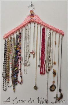 Cabide de madeira personalizado para pendurar colares e pulseiras