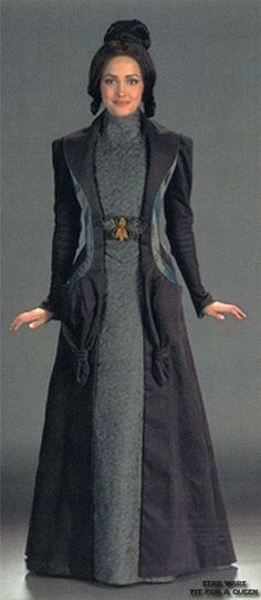Dorme, handmaiden from the Star Wars prequels. Has an Edwardian walking suit vibe.