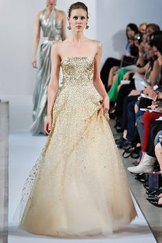 Oscar de la Renta Resort 2013 Fashion Show - Marike Le Roux
