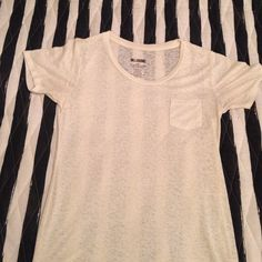 Never before worn! Billabong white t-shirt White Billabong T-Shirt. Size L. Never worn! Billabong Tops Tees - Short Sleeve