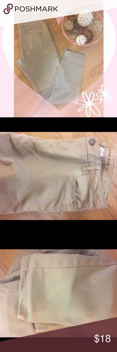 Beige skinny jeans  Gently used                                                        Style Skinny                                                          Color Beige/Tan                                                 Slight wear in inner thighs (pic above)             Size 11                                                                 ⛔️No trades ✅ Accepting offers ⚡️ Fast shipping Celebrity Pink Jeans Skinny