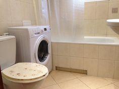 Łazienka dodatkowe wyposazenie pralka  http://www.rainbowapartments.pl/apartament-pomaranczowy/