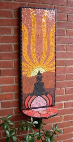 Quadro em mosaico, feito com azulejos e pastilhas de vidro. Com suporte p/ queimar incenso ou suporte para plantas.....  ...