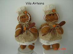 Christmas Projects, Christmas Themes, Christmas Decorations, Holiday Decor, Felt Ornaments, Christmas Ornaments, Christmas Gingerbread Men, Felt Crafts, Crochet