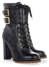 boots rene russo wore in thomas crowne affair