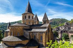 Church and Reliquary of Sainte‐Foy, France (article) Sainte Foy, Le Vatican, Romanesque Architecture, Medieval World, Early Christian, Islamic World, 11th Century, France, Built Environment