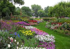 If it's variety you're after, Rotary Botanical Gardens won't disappoint. The garden features 26 different garden styles and types of plants! Formal Gardens, Unique Gardens, Amazing Gardens, Wisconsin Waterfalls, 7 Natural Wonders, County Park, Spring Is Coming, Colorful Garden, Garden Styles